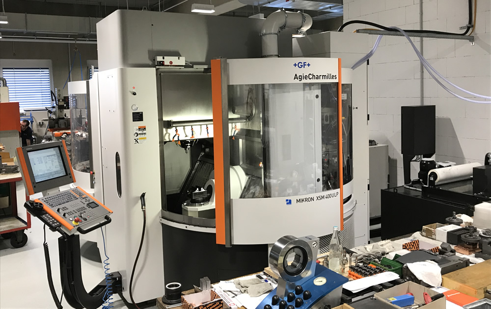 New 5-axis milling center